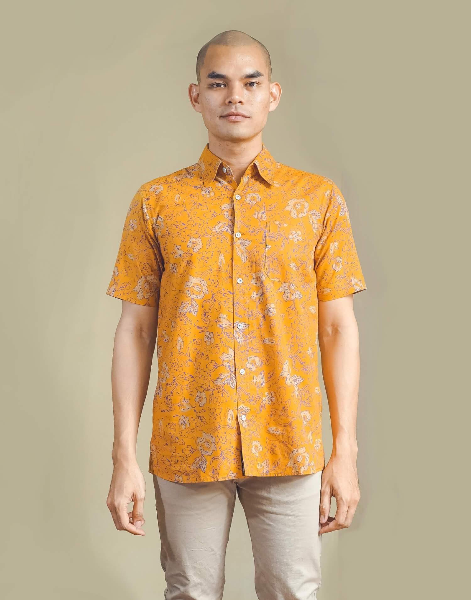 model baju batik pria v line