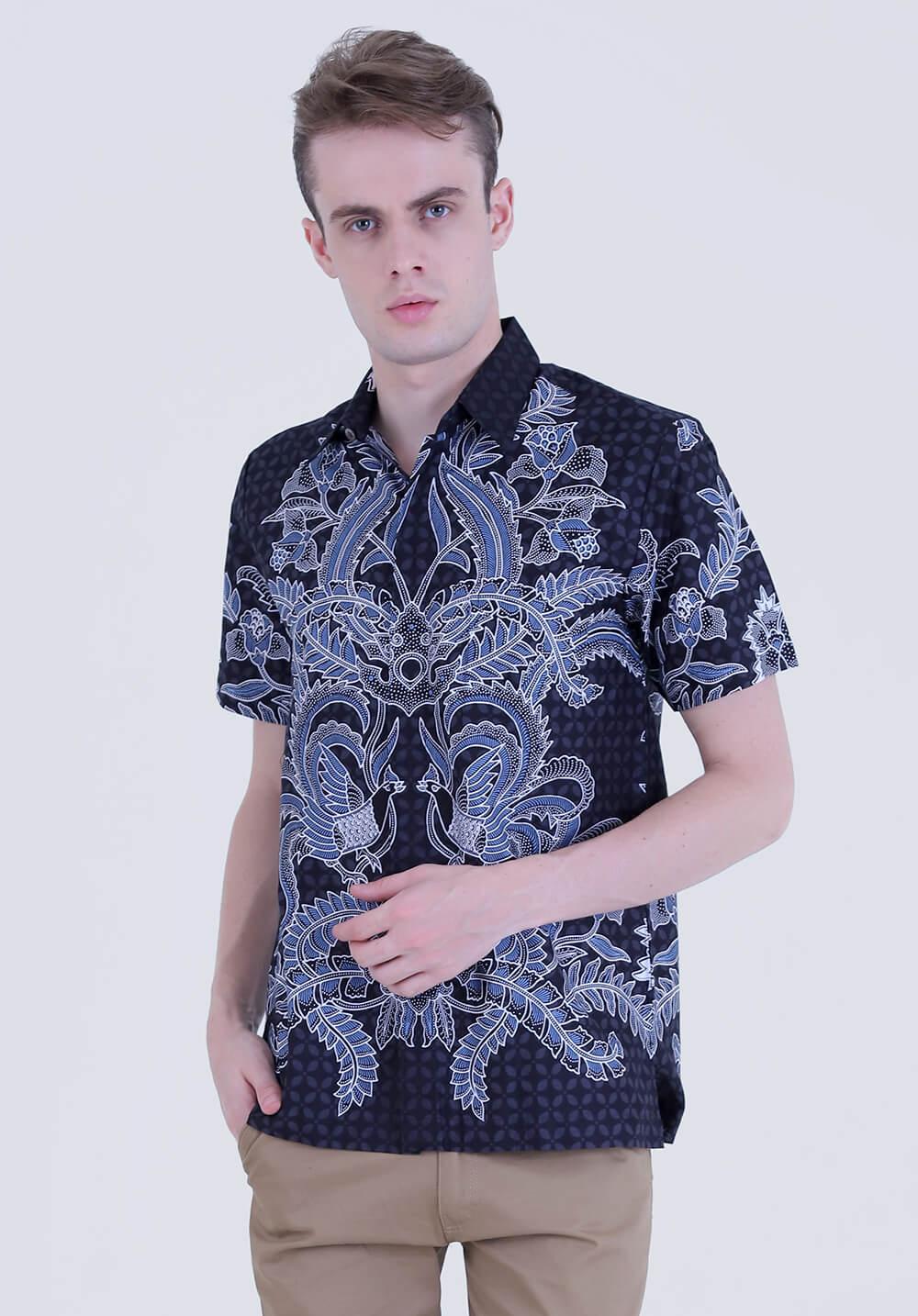 Model baju batik motif tunggal pria