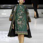 Model baju batik outer panjang