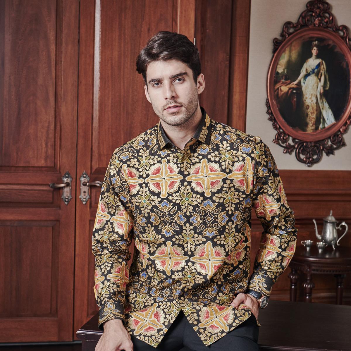Model baju batik pria ala keraton