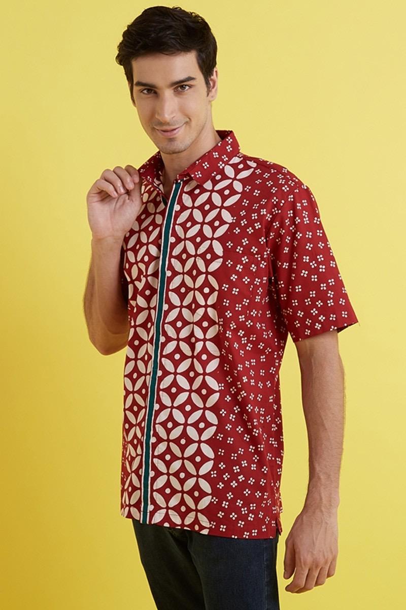 Model baju batik untuk pria pergi kondangan