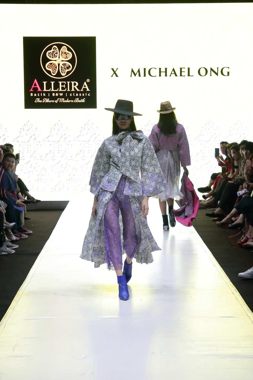 Model batik kombinasi ala Mexian