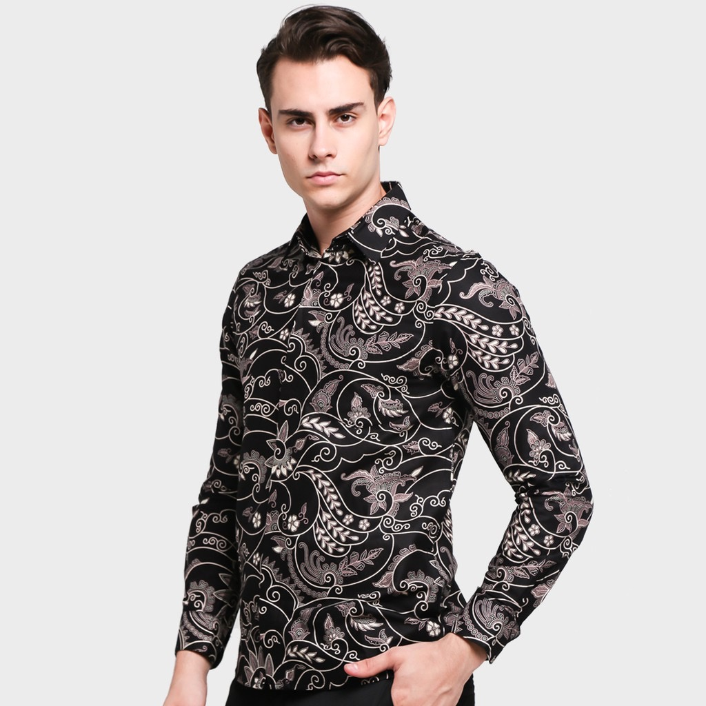 Model batik lengan panjang casual