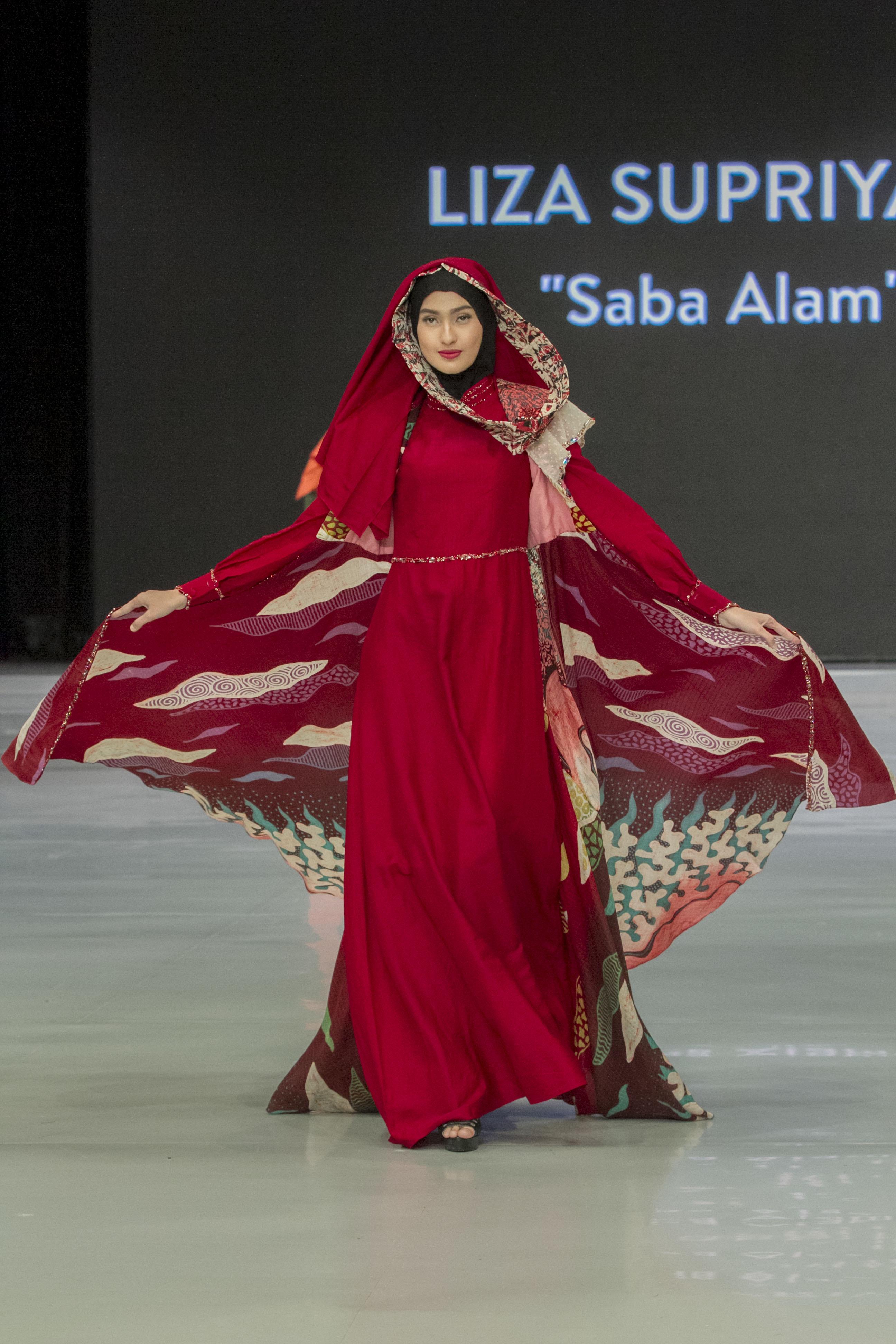 Model gamis batik glamour