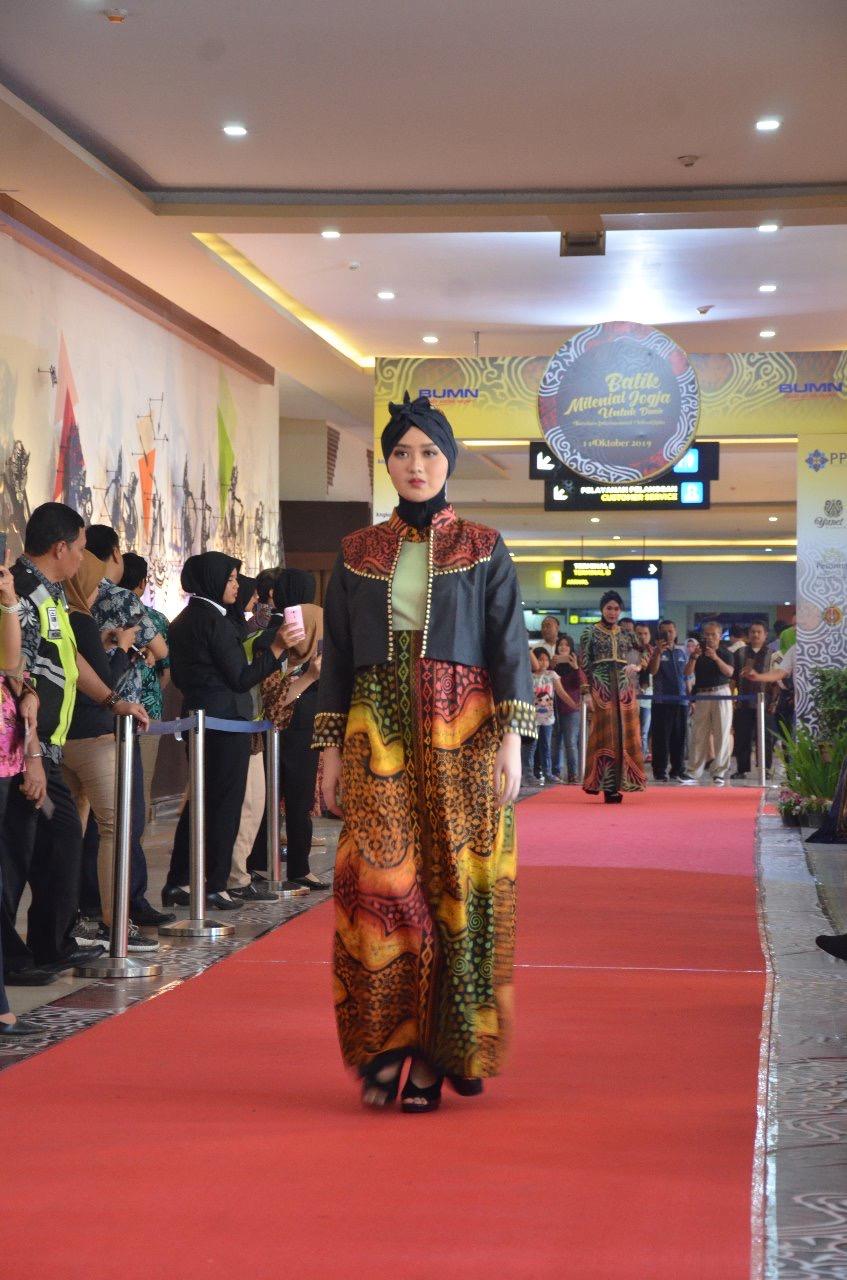Model gaun batik kombinasi hijabers