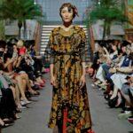 Model gaun batik unik