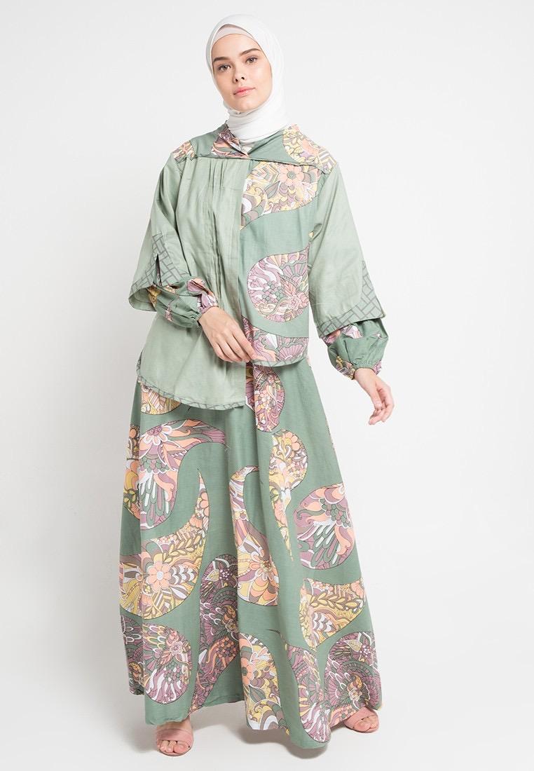 Two-pieces batik modern jaket asimetris