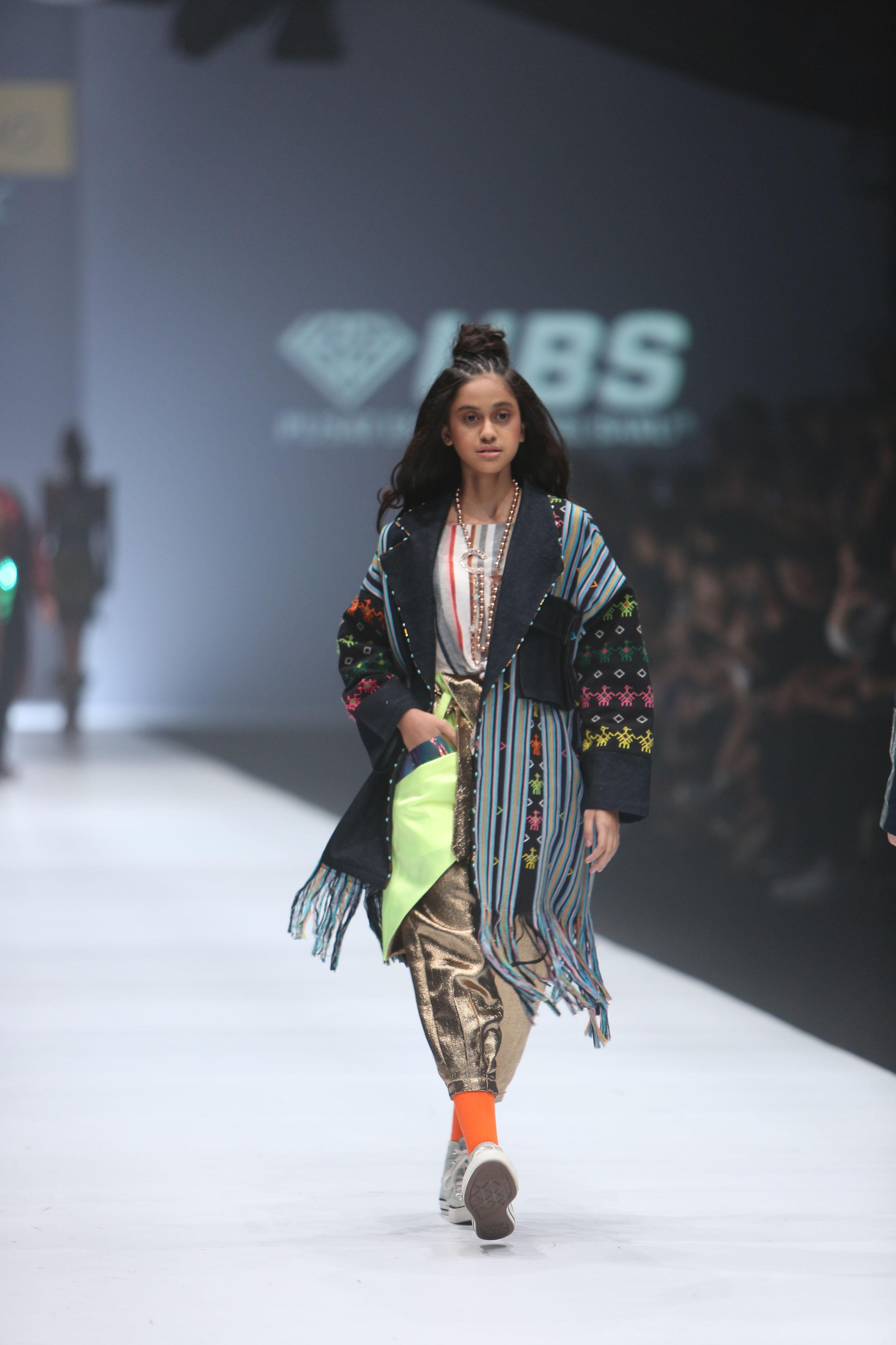 baju batik crape kombinasi