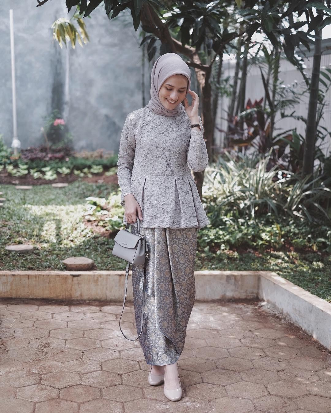 kebaya kartini hijab santai