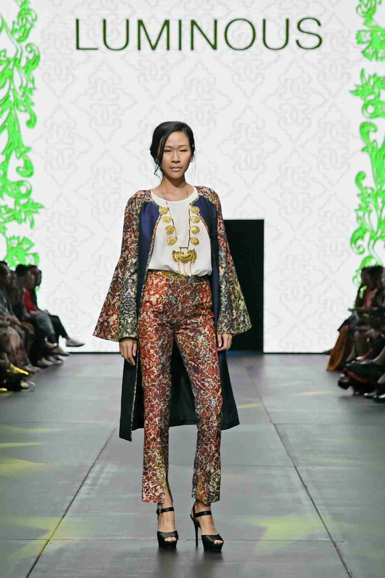 model baju batik bolero