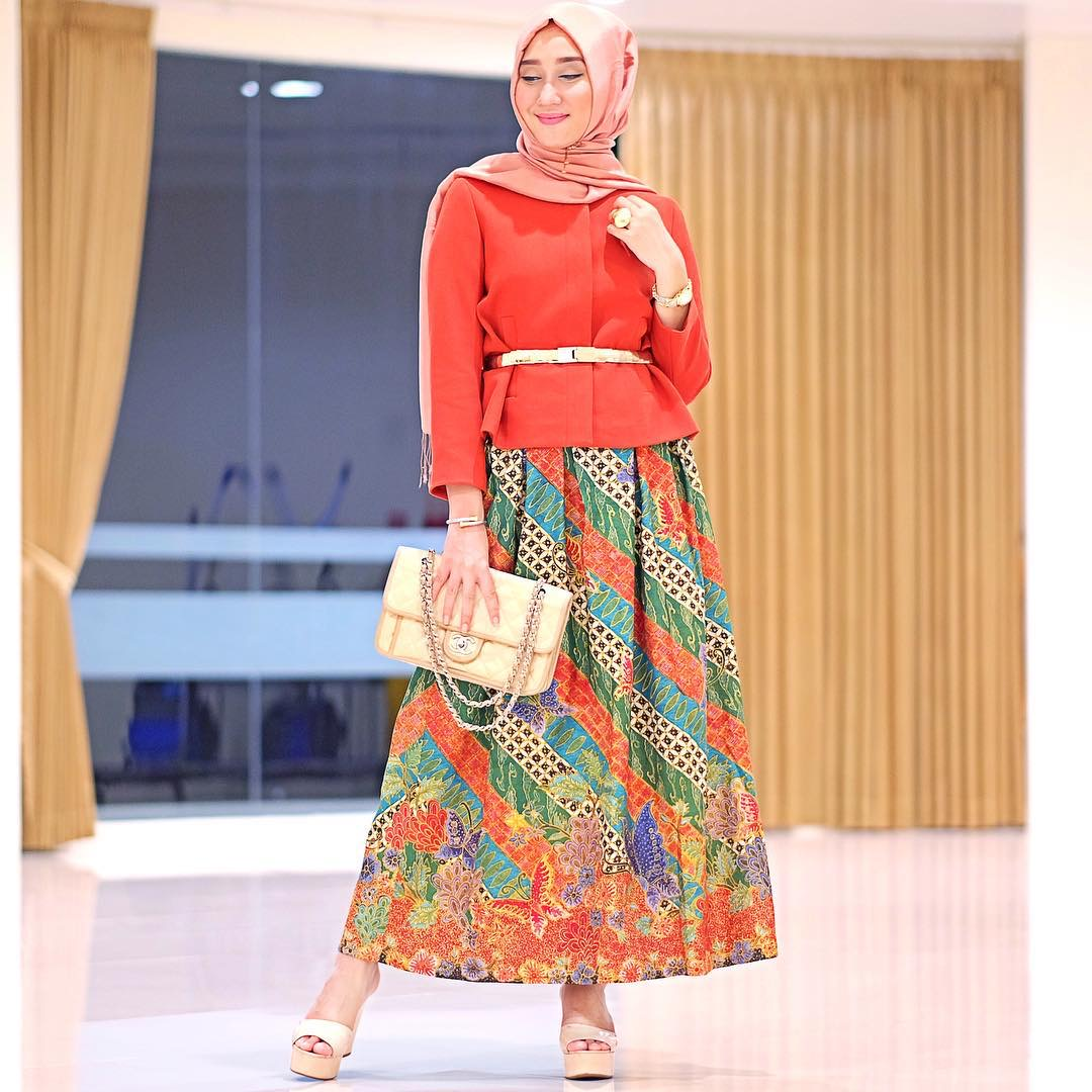 rok batik pelangi
