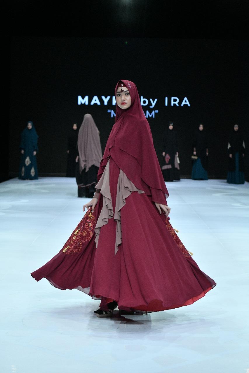 Baju Gamis Syar'i Maroon dengan Layer