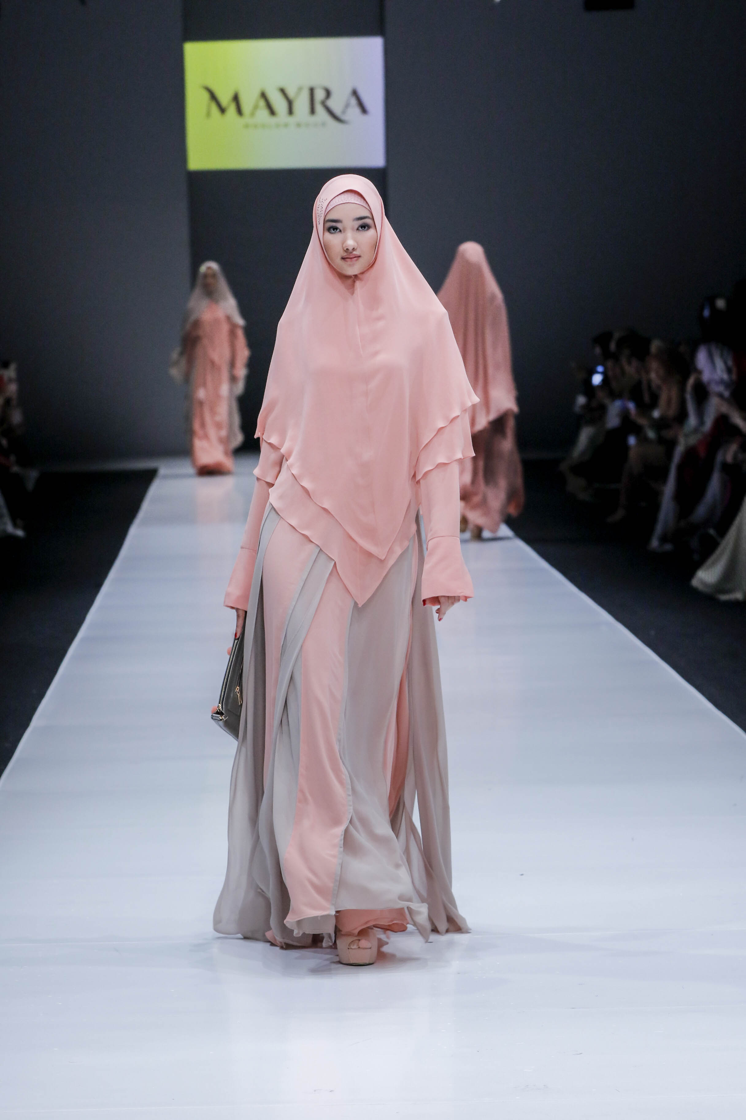 Gamis Polos Pink