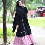 Gamis Syar'i Hitam dan Merah Muda