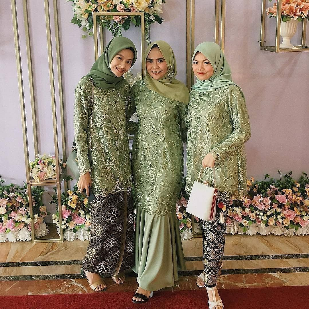 Gamis model payung