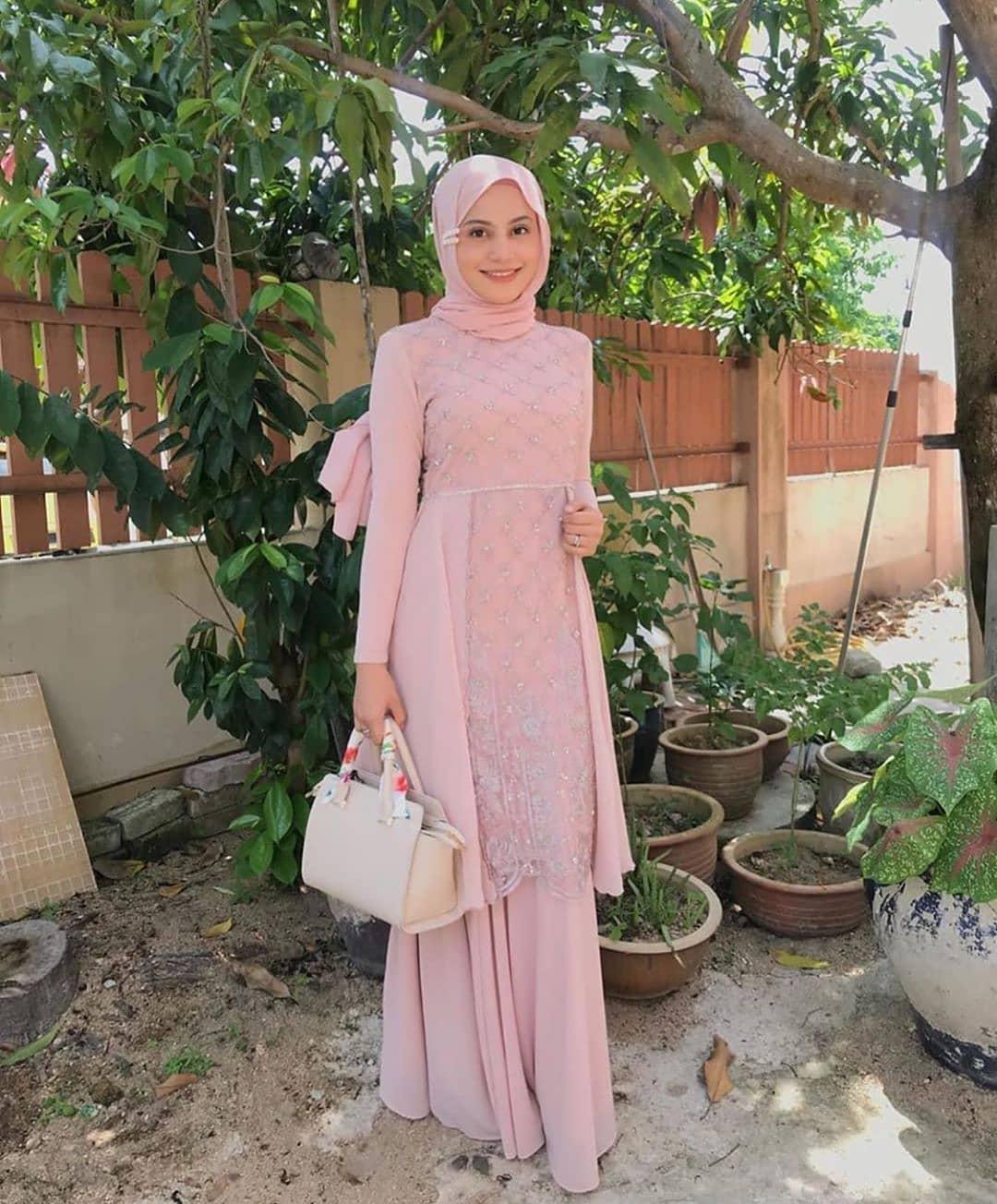 Gamis pink muda