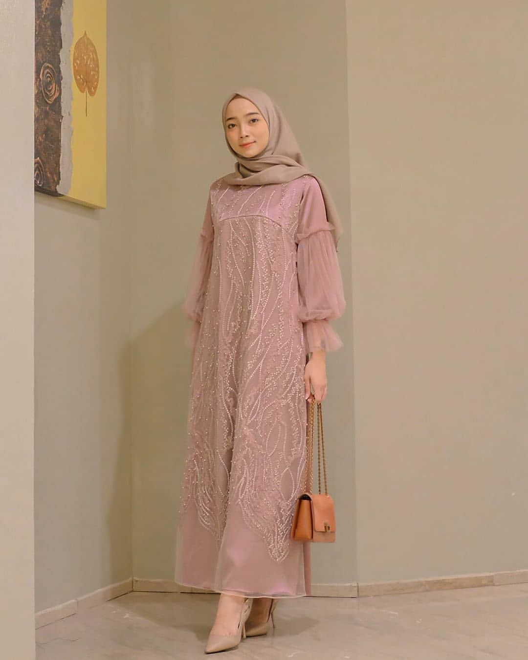 35 Model Gamis Remaja Modern Syar I Terbaru 2020 Bergaya