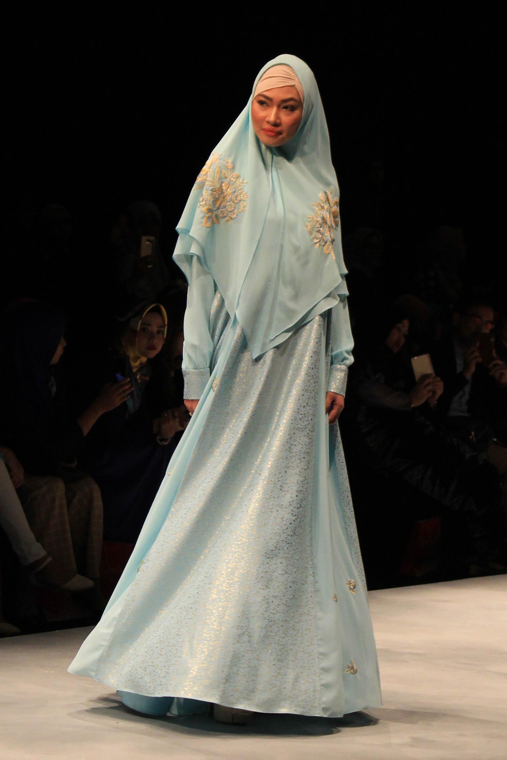 Model Busana Gamis Syariah