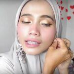Gambar Tutorial Hijab Paris Segi Empat