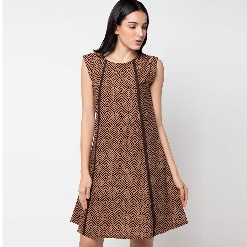 Midi Dress tanpa Lengan