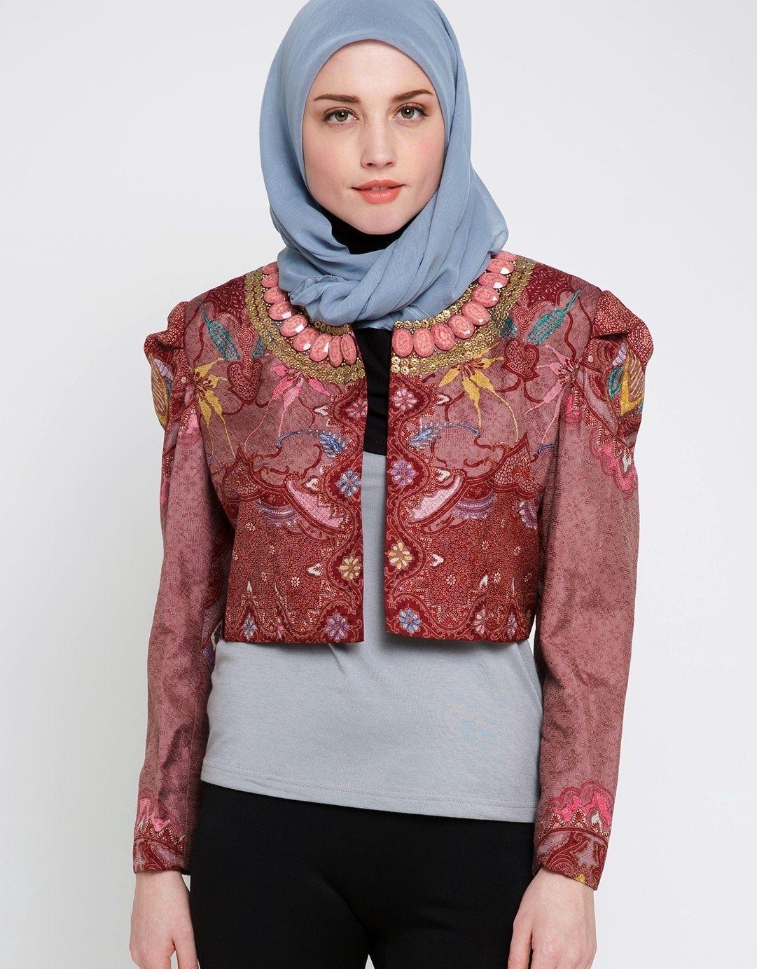 Model Baju Batik Bali