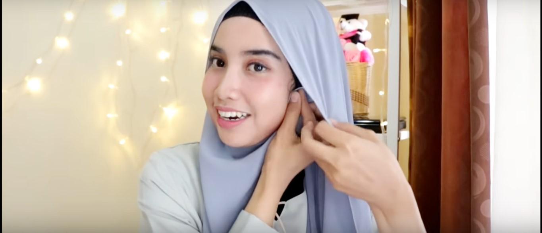 Tutorial Hijab Acara Wisuda