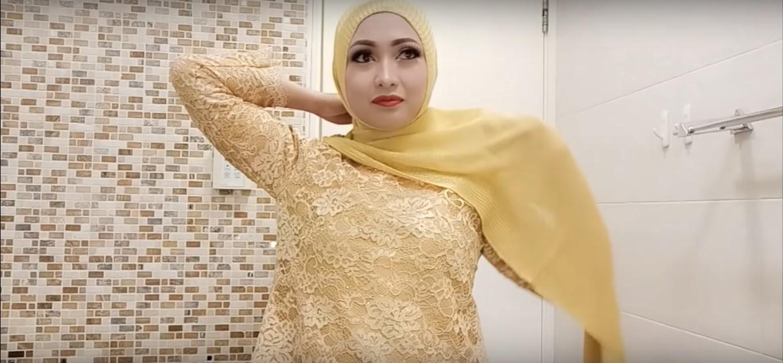 Tutorial Hijab Baju Kebaya