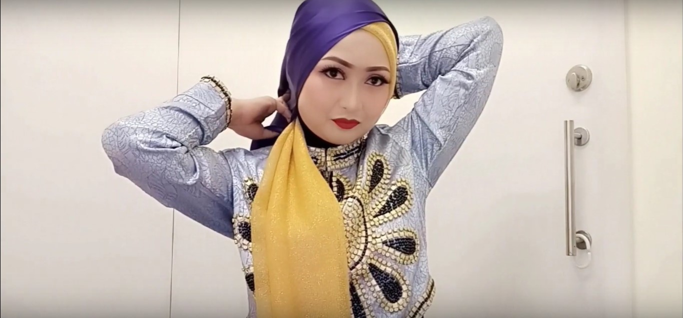 Tutorial Hijab Kebaya Kartini