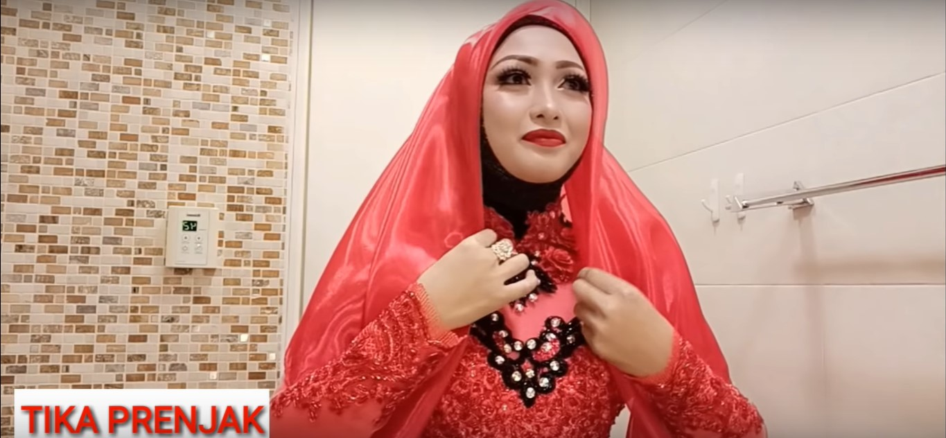 Tutorial Hijab Paris Kebaya