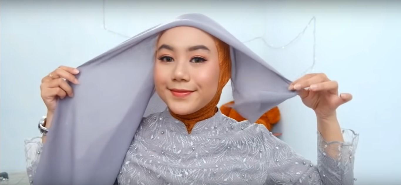 Tutorial Hijab Paris Modern