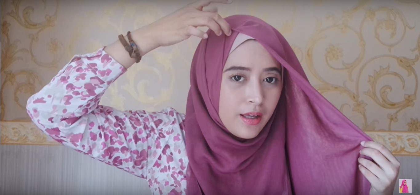 Tutorial Hijab Paris Persegi
