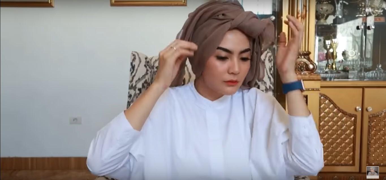 Tutorial Hijab Paris Segi Empat Modern