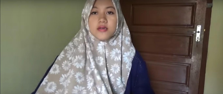 Tutorial Hijab Paris Segitiga Modern