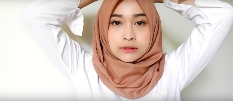 Tutorial Hijab Paris Segitiga Untuk Pipi Tembem