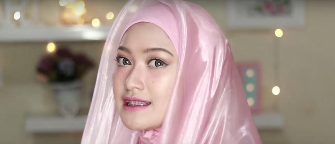 Tutorial Hijab Paris Untuk Wisuda
