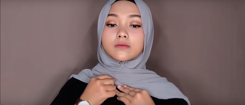 Tutorial Hijab Pashmina Satin Untuk Kuliah