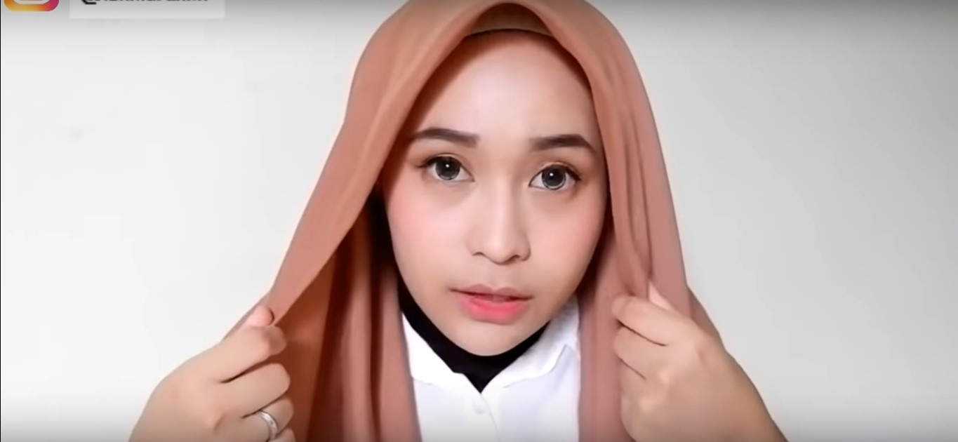 Tutorial Hijab Pashmina Simple Terbaru