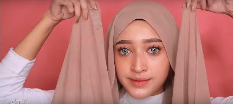 Tutorial Hijab Pashmina Simple Untuk Ke Pesta