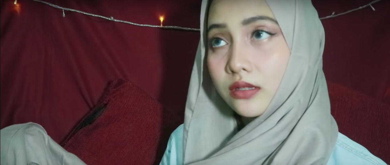 Tutorial Hijab Pashmina Tanpa Ninja