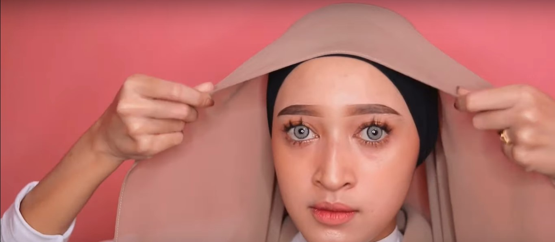 Tutorial Hijab Pashmina Untuk Acara Pesta