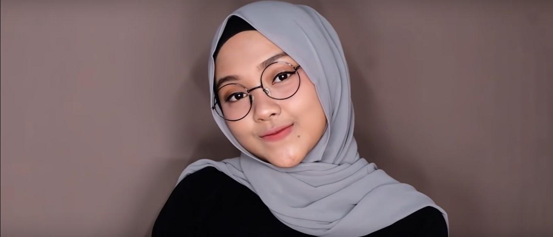Tutorial Hijab Pashmina Untuk Kuliah Yang Simple