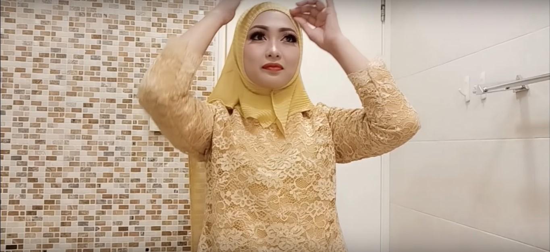 Tutorial Hijab Pasmina Untuk Kebaya