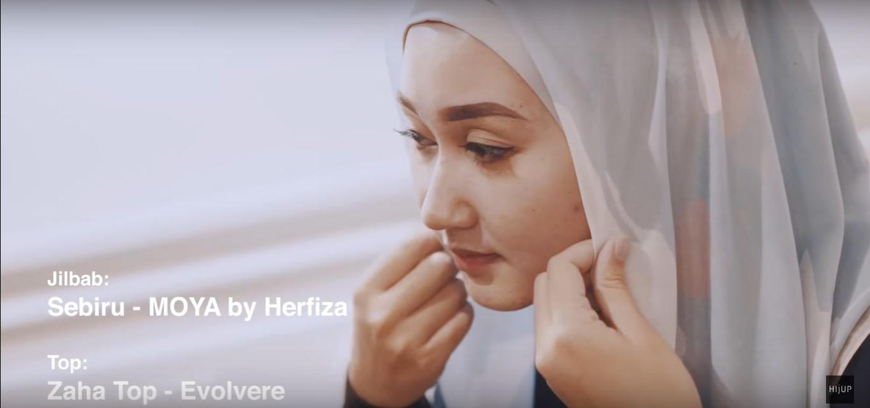 Tutorial Hijab Pesta Ala Dian Pelangi