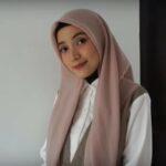Tutorial Hijab Satin Segi Empat