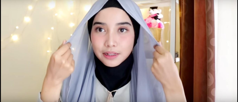Tutorial Hijab Satin Untuk Wisuda