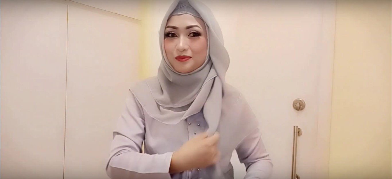Tutorial Hijab Segi Empat Pesta Simple