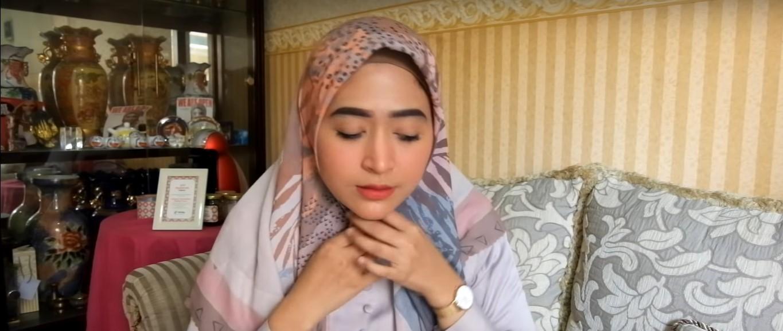 Tutorial Hijab Segi Empat Rawis Simple