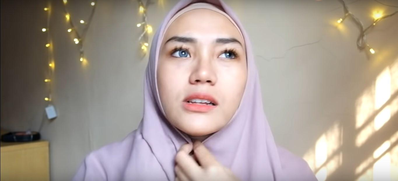 Tutorial Hijab Segi Empat Simple Casual