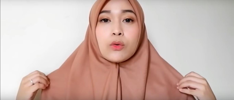 Tutorial Hijab Segi Empat Untuk Wisuda