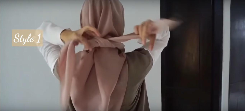 Tutorial Hijab Segitiga Tanpa Ciput